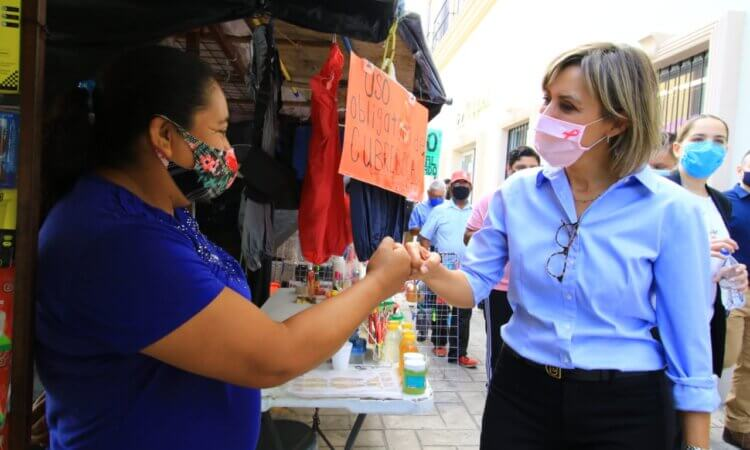 Visita Pilar Gómez Mercado Argüelles y recorre Calle Hidalgo: va por el rescate del centro